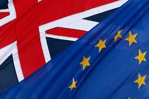 UK/FRA flag image